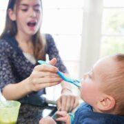 سپردن کودک به دیگران
