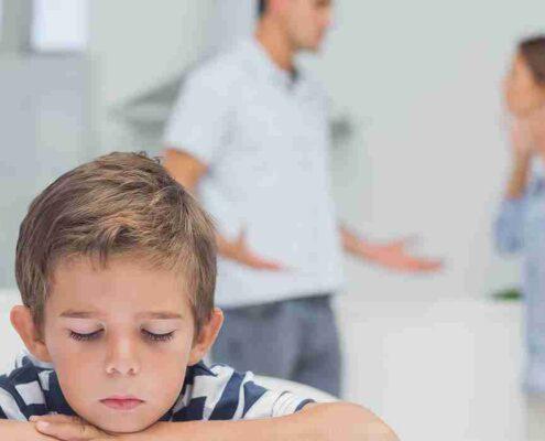 دعوای پدر و مادر