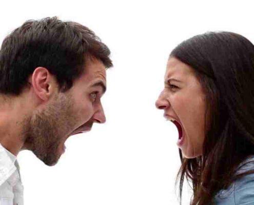 اختلافات و مشکلات خانوادگی
