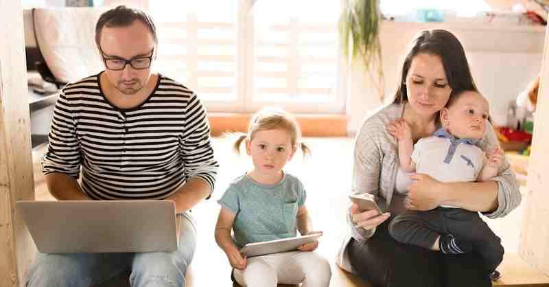 والدین بی توجه